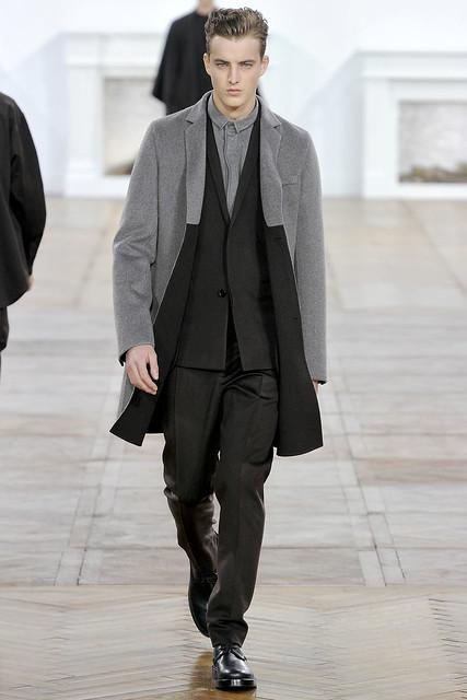 James Smith3280_FW11_Paris_Dior Homme(VOGUEcom)