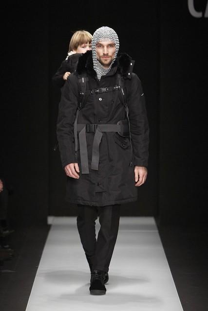 Texas Olsson3085_FW11_Milan_Carlo Pignatelli Outside(Simply Male Models)