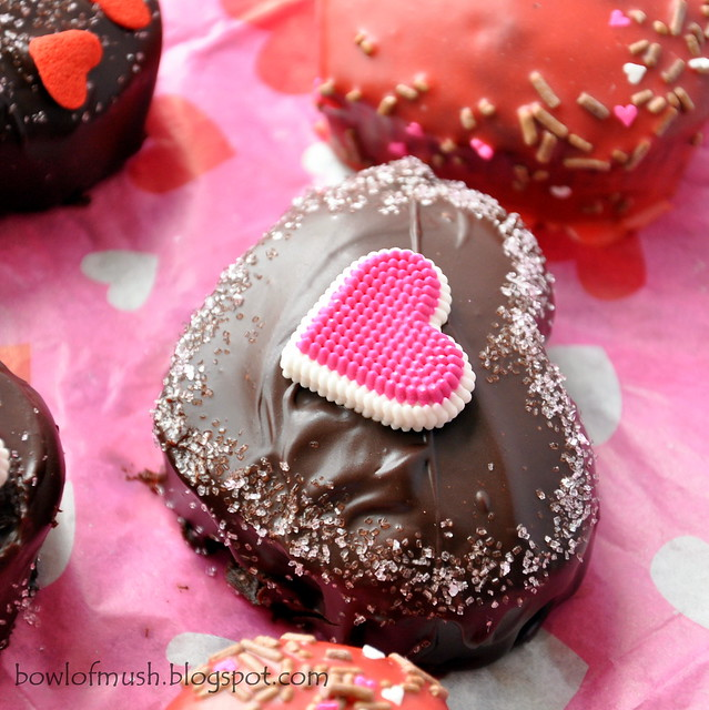 A Bowl Of Mush Chocolate Valentine Cakes