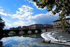 Río Po (Mariano Rupérez) Tags: río puente agua cielo nubes po casas turín