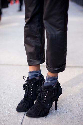 shoe-stalking-ramya-giangola-givenchy