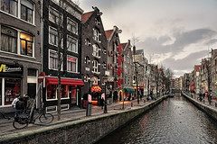 De Wallen, Red Light District (I). Amsterdam (Abariltur) Tags: amsterdam spain netherland redlightdistrict castelln canales canalhouses dewallen barriorojo nikond90 afsdxnikkor1024mmf3545ged abariltur enero2011 eldistritorojo