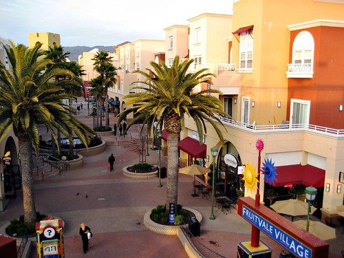 one last great photo of Fruitvale Village (by: Andy Kaufman, creative commons license)