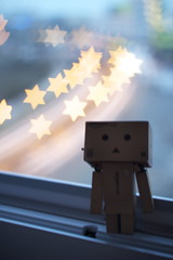 Dreams (63n017) Tags: sky window japan canon stars eos rebel star amazon bokeh head kit rare 550 cardbox yotsuba danbo 550d photojojo t2i danboard cartox