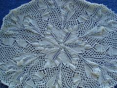 Fougères Givrées de la Forêt Enchantée (lilredwitch9) Tags: vintage knitting lace wip cotton german 20 doily royale 201 niebling dsc01493 frostedferns 20110223 einchenlaub