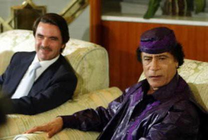 11b24 Aznar y Gadafi 2