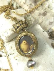 Crowned Dove (parrish relics) Tags: bird dove venetian crown renaissance vittorecarpaccio