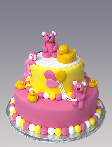 Teddy & Duck Cake
