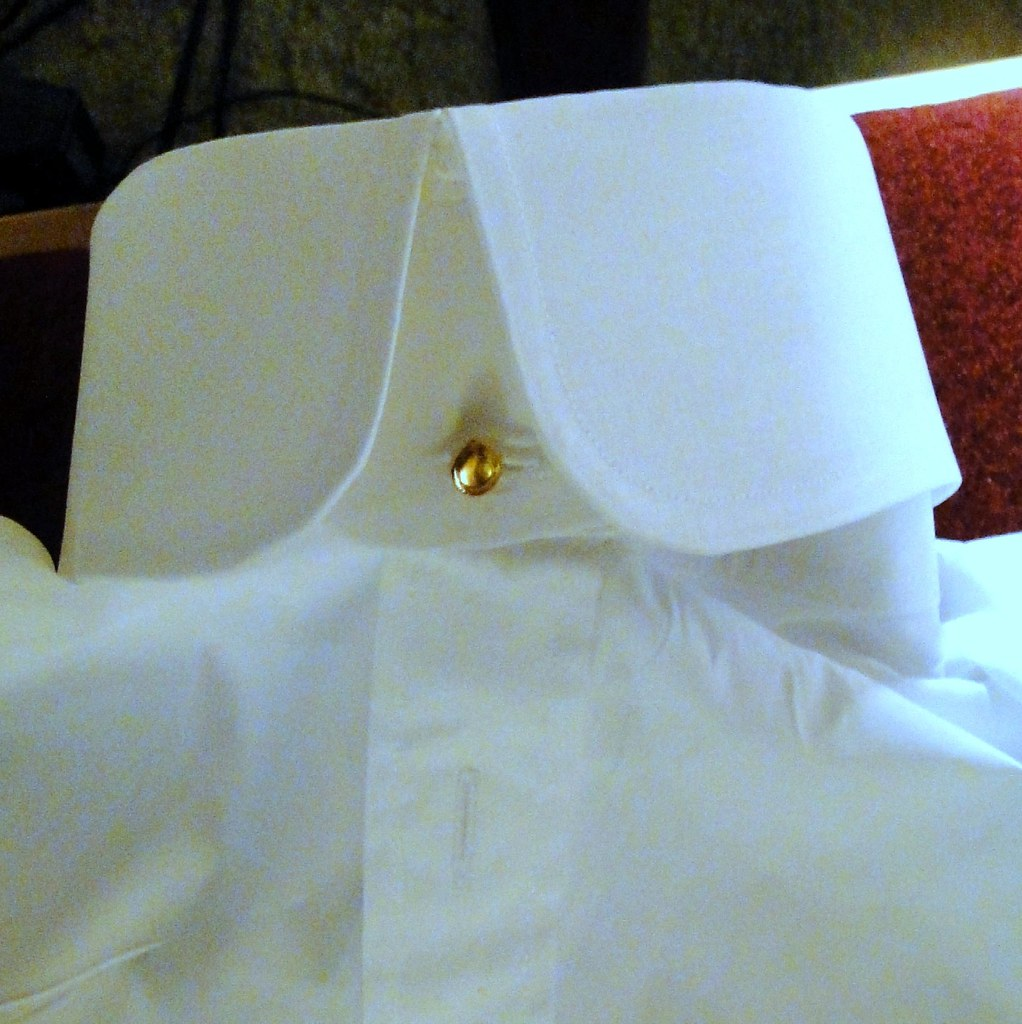 The world 39 s best photos of collar and starched flickr for Starch on dress shirts