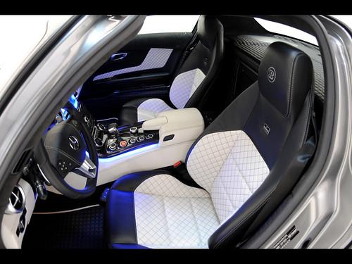 2011-Brabus-Mercedes-Benz-SLS-AMG-700-Biturbo-Interior-2-1280x960