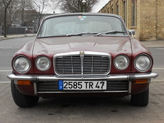 Jaguar XJ6 4.2 Coupe - Series II (Transaxle (alias Toprope)) Tags: auto street berlin classic cars beauty car vintage nikon classiccar vintagecar power vinyl voiture historic antiguos antigua coche soul 100views 1975 mk2 oldtimer 300views jag 1978 bella jaguar autos 1977 kerb curb viejo macchina coupe 42 classiccars l6 1976 coches autodepoca sportscar vintagecars voitures toprope sixcylinder epoca xj internalcombustionengine r6 meilenwerk xj6 series2 historiccar vinylroof sportcars cochesantiguos straightsix i6 autostoriche jaguarxjc cocheviejo jaguarxj cocheantiguo historiccars 42litre xjc inlinesix 6car bellamacchina kraftfahrzeuge xjcoupe cochedeepoca jaguarxjcoupe annciennes