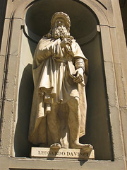 Firenze-38.jpg (MrAnathema) Tags: travel italy history statue florence europe italia carving backpacking firenze marble mythology hostelling marblestatue travelphotography leonardodivinci