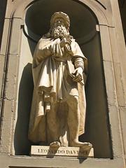 Firenze-38.jpg (MrAnathema) Tags: travel italy history statue florence europe italia carving backpacking firenze marble mythology hostelling marblestatue travelphotography leonardodivinci