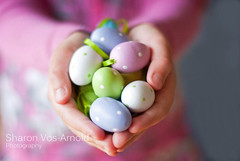 Pastel eggs ( Angel of light ) Tags: english festival easter hands pastel decoration spots offering eggs british cliche polkadot easteregg familyuk angeloflight2009 gettyimagesstilllife gettyimagesportraits welcomeuk