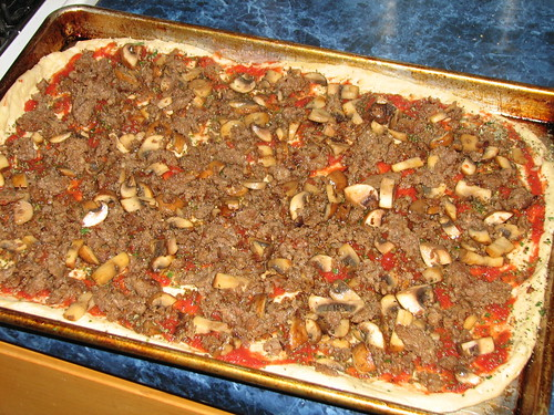 sausage and mushroom pizza sans cheese