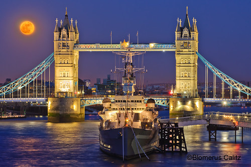 Super Full Moon rising over Tower Bridge and HMS Belfast in London United Kingdom (Lunar Perigee 19 March 2011) ©2011 Blomerus Calitz (All rights reserved)