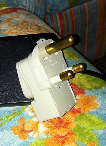 8ea819bc9 *أيضا تم شراء مقبس كهرباء خاص من