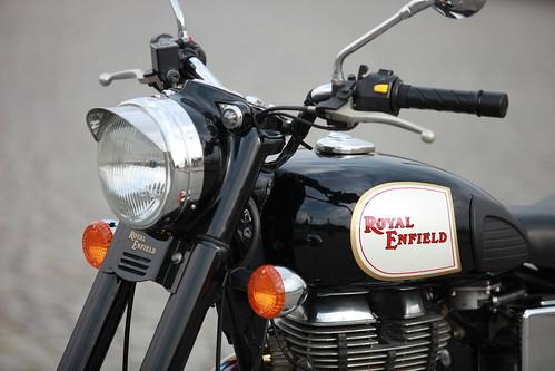 Royal Enfield Bullet Classic: réservoir