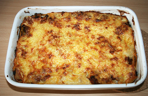 50 - fertige Lasagne