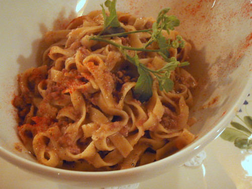 Tagliolini (fresh pasta) with laurel-flavoured wild boar meat