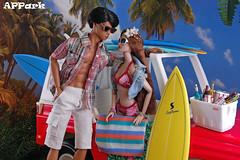 Goodbye, Summer! (APPark) Tags: dolls dioramas outdoors beach surfing summer jeep surfwagon fashionroyalty homme nuface ayumi francisco hawaii 16scale