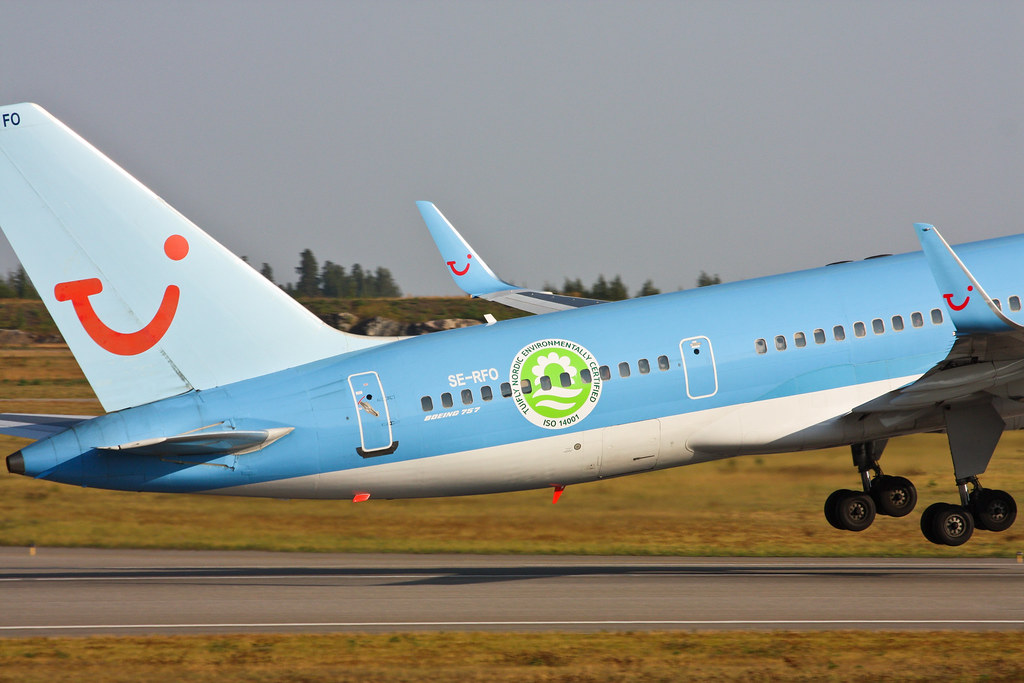 TUIfly Nordic - SE-RFO - Boeing 757-28A