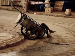 scène du maroc 04 (laboratoire de l'hydre) Tags: city nature silhouette photo maroc rue ville wenders vieux homme fantome urbain sauvage charette labyrinthe errance depardon