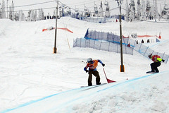 Big White (Taylor and Kevin) Tags: race speed action fast bigwhite evolve snowboardcross sbx noram