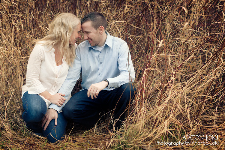 gig harbor portrait session engagement couple