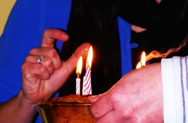 Candle pinch