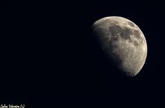 Creciente... (Salvador Moreira) Tags: moon nikon astro luna galicia telescope planet astronomy digiscoping planeta telescopio d90 astronomico