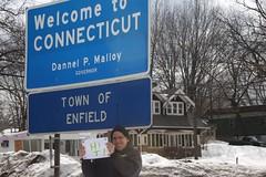 A very special hello to somebody special at the Massachusetts/Connecticut border (part 1) (Hazboy) Tags: schnee winter snow field connecticut nieve sneeuw neve  hartford rentschler hazboy hazboy1