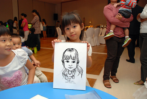 caricatrue live sketching for Arthur & Maria wedding dinner - 3