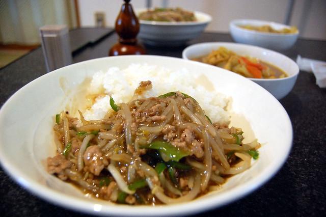 同居人がチャチャッと美味しい中華風な挽肉丼を作ってくれました! #jisui