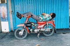 Napper (jesse roberts) Tags: 50mm sleep motorbike pm smc hochiminhcity f20 saigonvietnampentaxk1000fujifilmfilmanalogue35mm