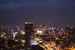 Birds Eye Saigon (Vietnam) (thomsen77) Tags: city travel light urban panorama night canon landscape eos lights hotel asia landmark vietnam 7d sheraton saigon hochiminhcity birdseye fotography hochiminh lseries siutheastasia
