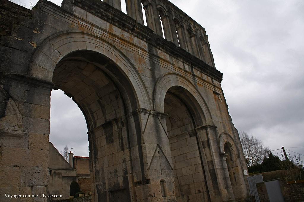 La Porte d'Arroux est l'entrée Nord de la ville