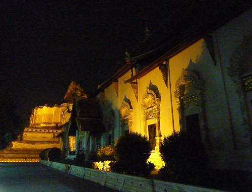 Chiang Mai 11-Wat Chedi Luang (23)