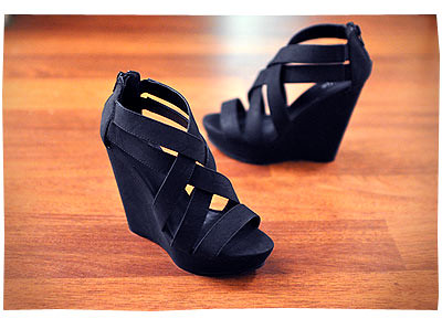 Darva Wedges by Betts