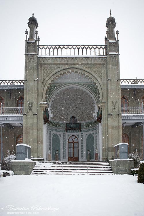Voroncov_palace__winter_26