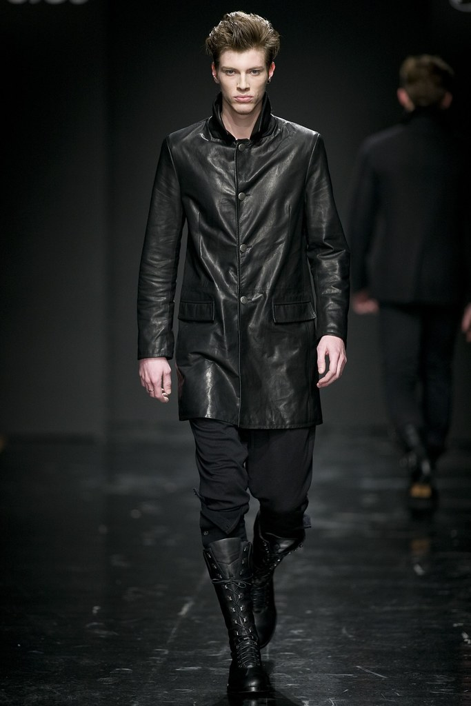 Petr Rehka3025_FW11_Paris_Franck Boclet(Simply Male Models)