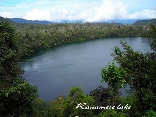 Ranamese Lake near Ruteng