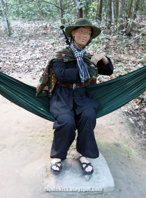 vietnamese female soldier