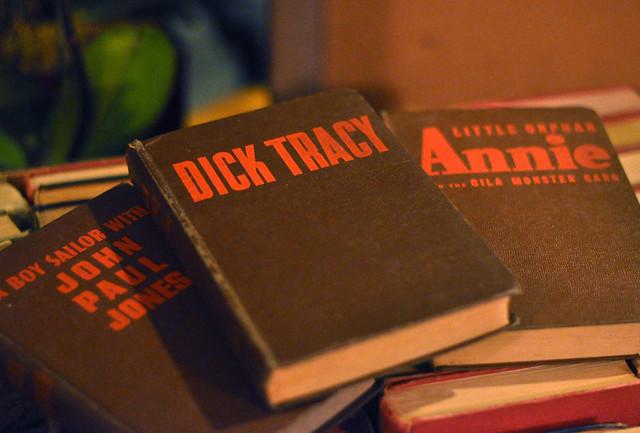 Vintage Dick Tracy book, Vintage Annie book, vintage books, DSC_0300