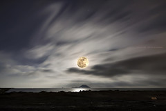 perigeo lunar (Cani Mancebo) Tags: espaa moon spain sigma luna murcia nocturna 70200 lamangadelmarmenor 1116 sigma70200mm 400d perigeo canoneos400ddigital superlativas 1116mm supermoon canimancebo superluna tokina1116f28dxatxprocanon islagrossa sigma70200mmf28exdgapomacrohsmiitokina