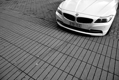 Z4. (Jurriaan Vogel) Tags: auto show street red bw white black cars hardtop sports car sport germany bayern deutschland bavaria photography design nikon automobile belgium belgique very top north detroit hard belgi fast award automotive dot international exotic german american bmw antwerp z4 regensburg z1 cabrio luxury 2009 z3 exclusive antwerpen vogel anvers sportscar deutsch 2010 roadster cabriolet gt3 zw 18105 507 z8 d60 jurriaan 2011 worldcars e89 18105vr