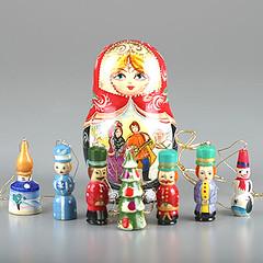 ND00034A08 (The Russian Store) Tags: trs matrioshka matryoshka russiannestingdolls  stackingdoll  russianstore  russiangifts  russiancollectibledolls shoprussian