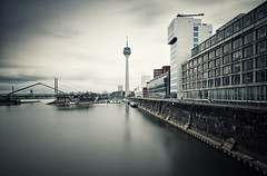 Dsseldorf (wecand) Tags: longexposure tower water architecture river germany nikon nd dsseldorf televisiontower d300 medienhafen wecand gettygermanyq2