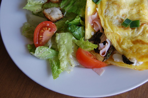 asparagus & ham omelette with goat cheese