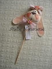 """Coelha no palito"" (Ateli Nananen by R) Tags: chocolate feitomo pscoa menina decorao presente tecido palito enfeite coelha"